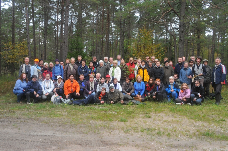 The group photo was made in Odalätsi (19 September 2008).